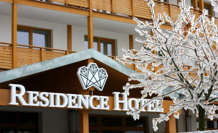 Resla Residence