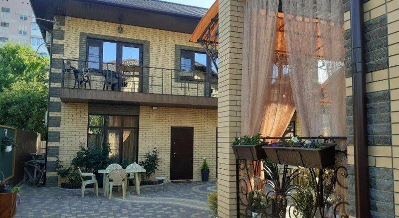 Guest House on Morskoi pereulok