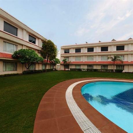 Hotel Express Residency Jamnagar