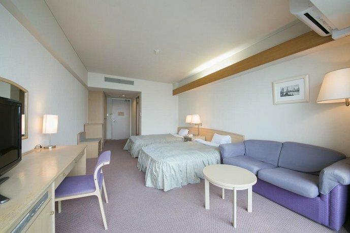 Hotel De Marronnier Utsumi Onsen