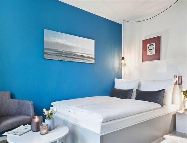 H. ome Serviced Apartments München