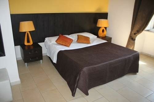 Angela Roma Guest House