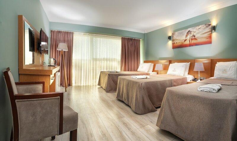 Marinn Deluxe Hotel
