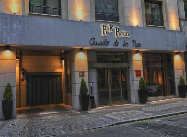 The Pavilions Madrid Hotel
