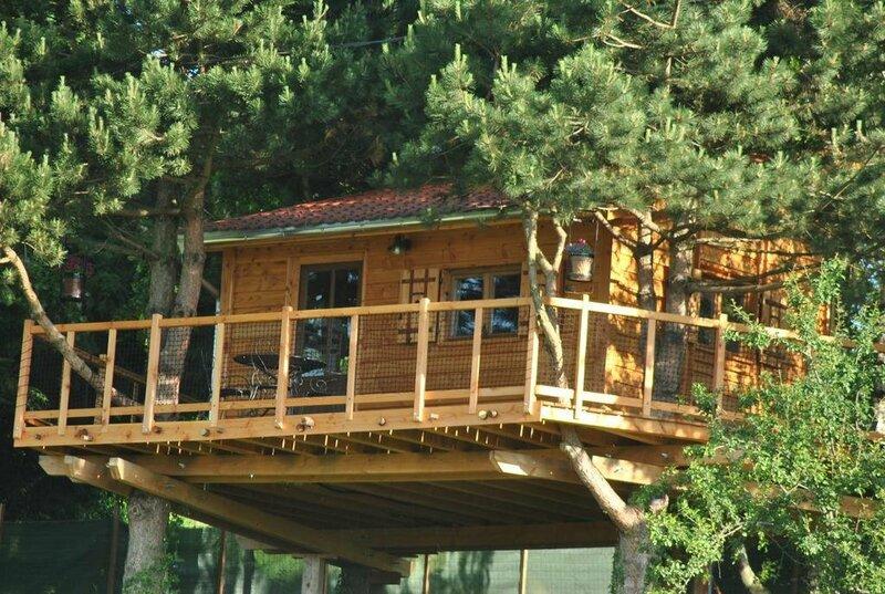 Cabane Perchée L'Etournelle
