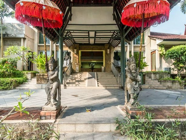 Zen Rooms Kuta Jenggala Beach