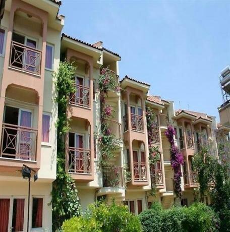 Ozhan Apartments Marmaris