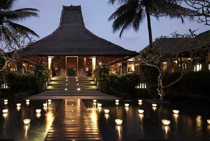 Отель Maya Ubud Resort & SPA