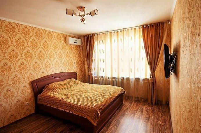 Cozy Flat on Pushkin 33