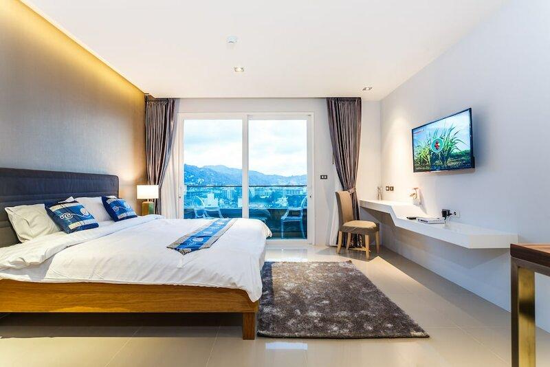 Emerald Terrace Apartment Patong