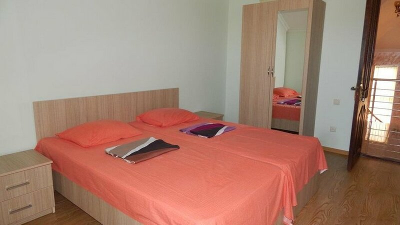 Guest House Iveria