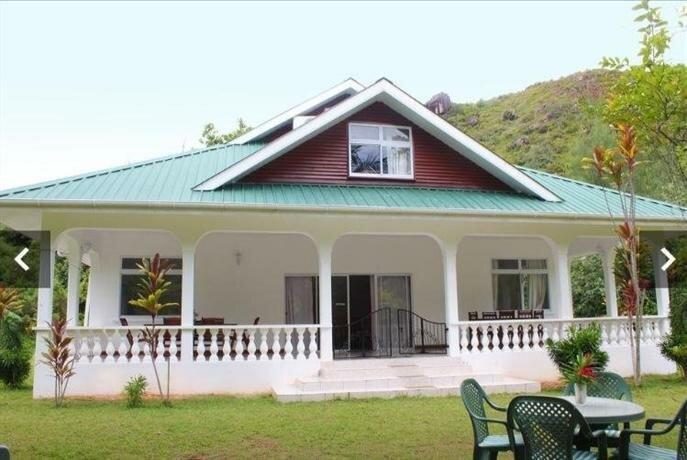 Le Chevalier Bay Guest House