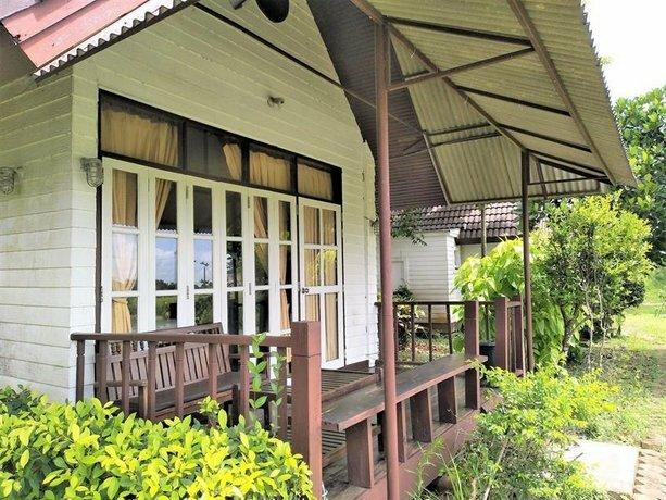 Khao Nam Khang Resort