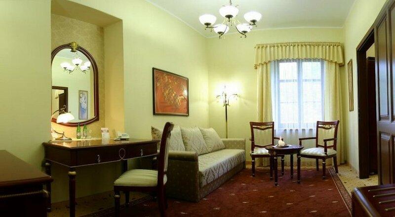 Hotel Wellness Dwor Debowiec