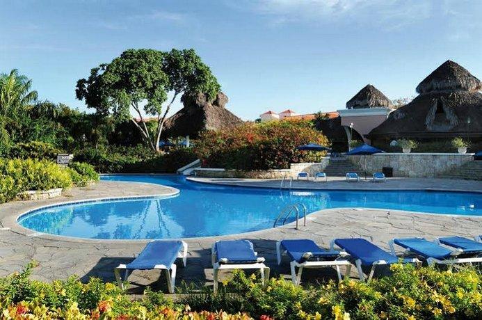 Decameron Beach Resort