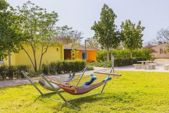 Gvulot - Kibbutz experience