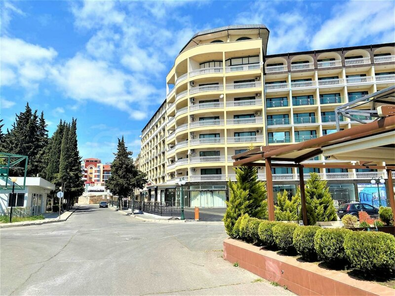 Menada Global Ville Apartments