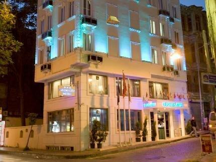 Отель Grand Liza