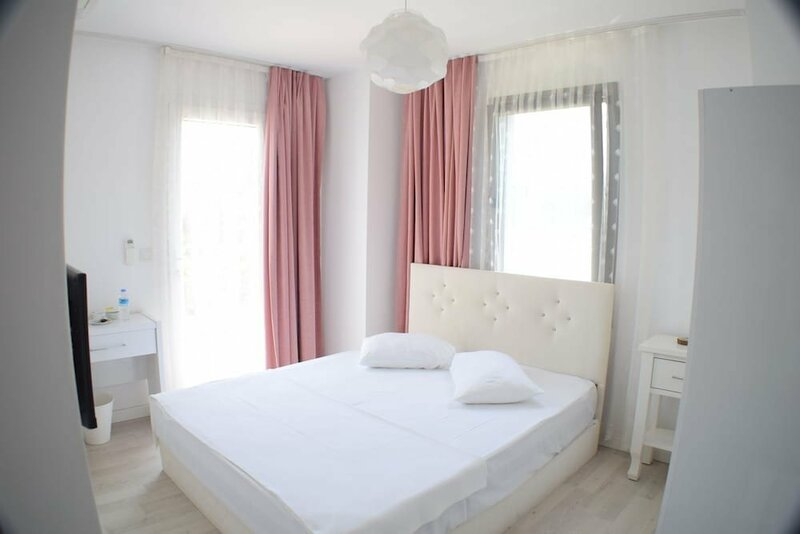 Forever Alacati Boutique Hotel - Adults Only