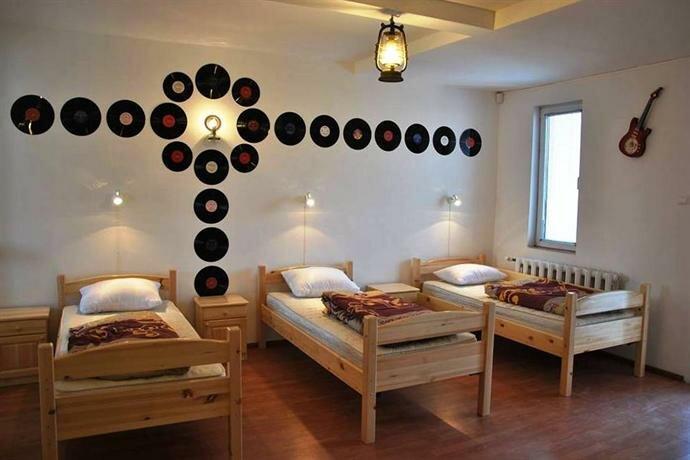 10 Coins Hostel