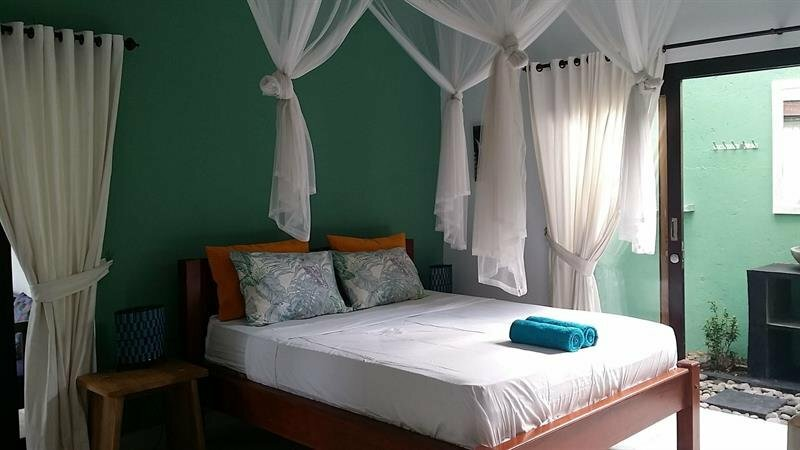 Bukit Indah Home Stay