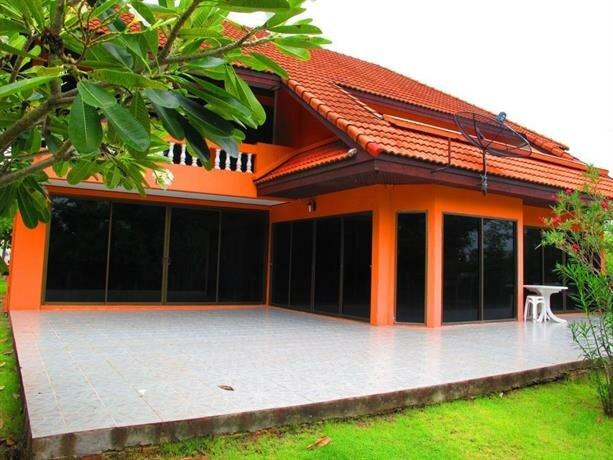 Baan Suan Rim Talay