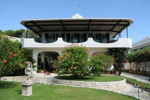 Villa Dela