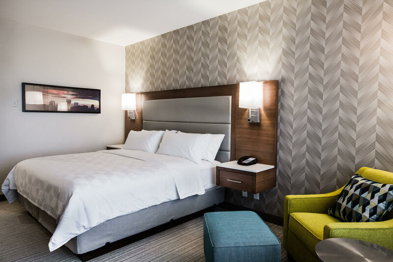 Holiday Inn Hotel & Suites Calgary South - Conference Ctr