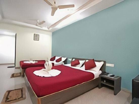 Hotel Petal Regency
