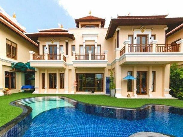 We Pool Villa