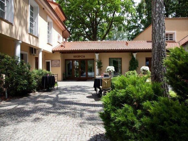 Villa Park Wesola