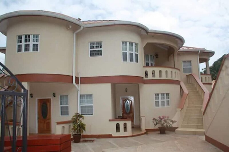 Valley Breeze Guest House