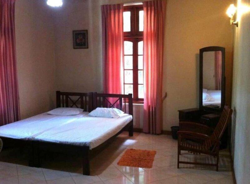 Estancia Hotel