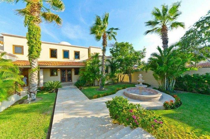 Villa De Phoenix