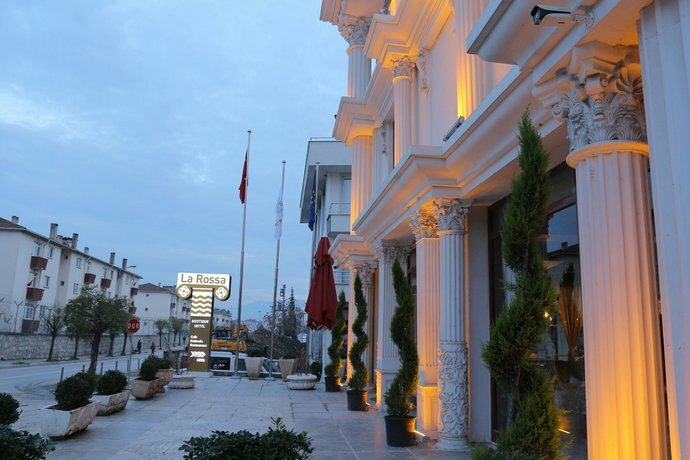 La Rossa Boutique Hotel