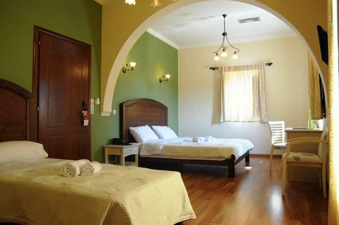 Areos Polis Hotel