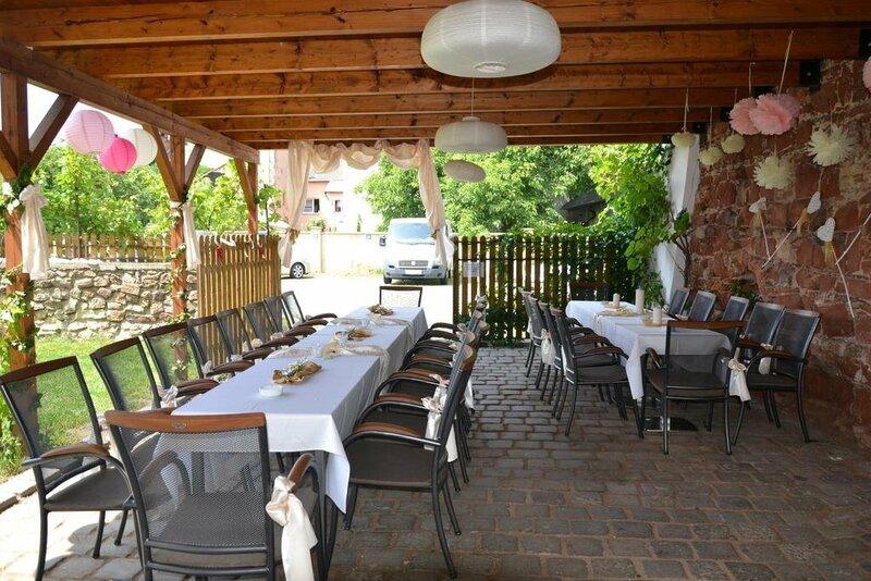 Excalibur Penzion A Restaurace