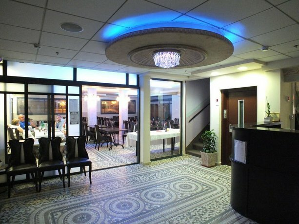 Sea Hotel and Restaurant