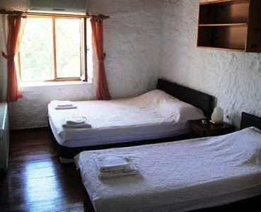 Troas Motel