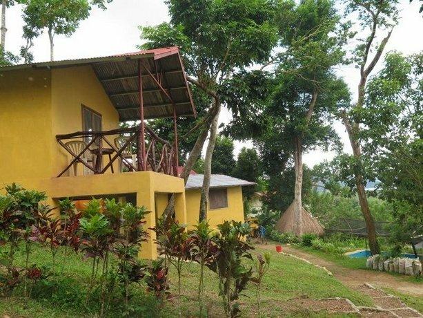 Kaba Kaba Cottage Resort