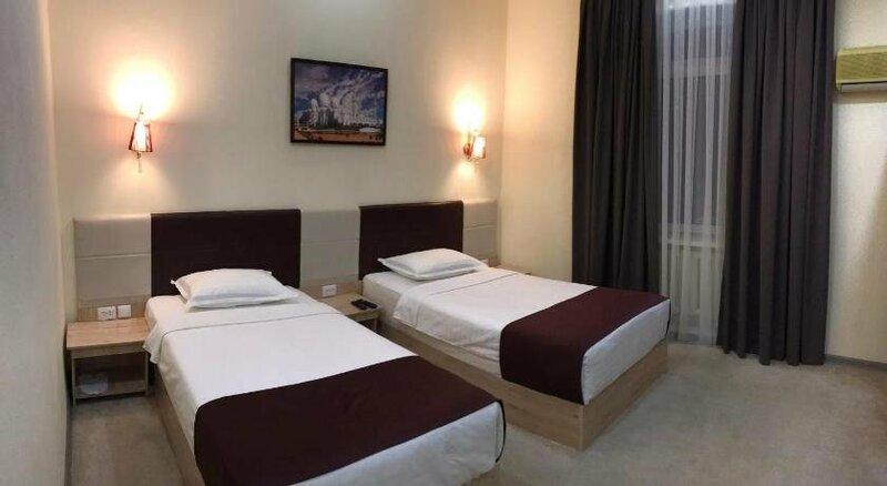 Karavan Street Hotel