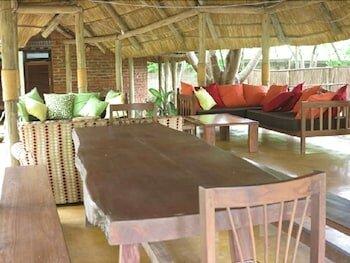 Simbamwenni Lodge and Camping