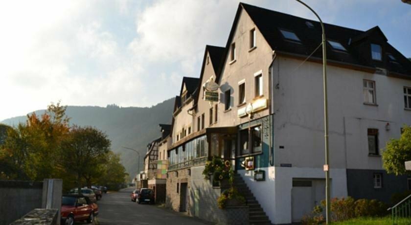 hotel — Zum Anker Briedel — Rhineland-Palatinate, photo 2