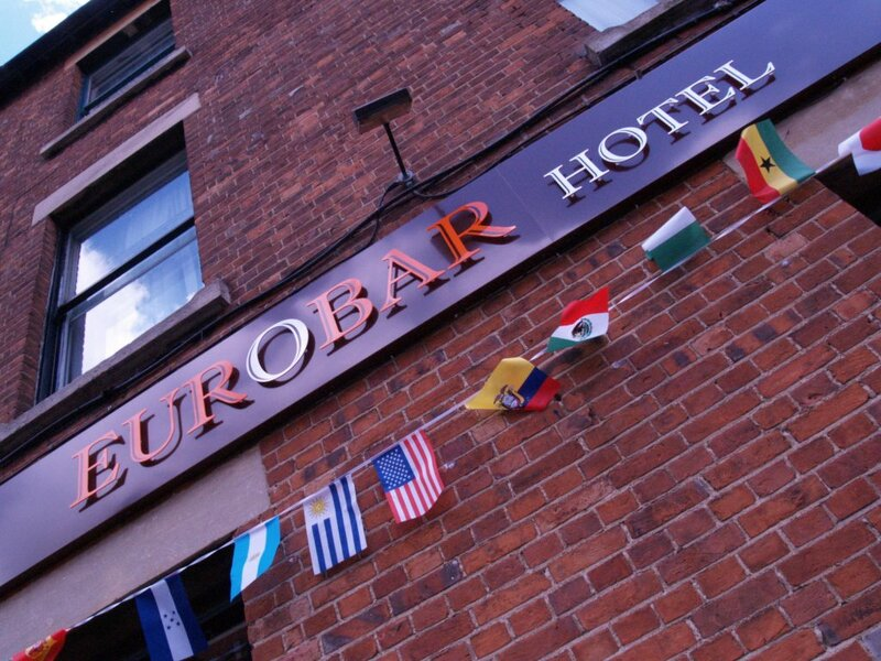 Euro Bar and Hotel