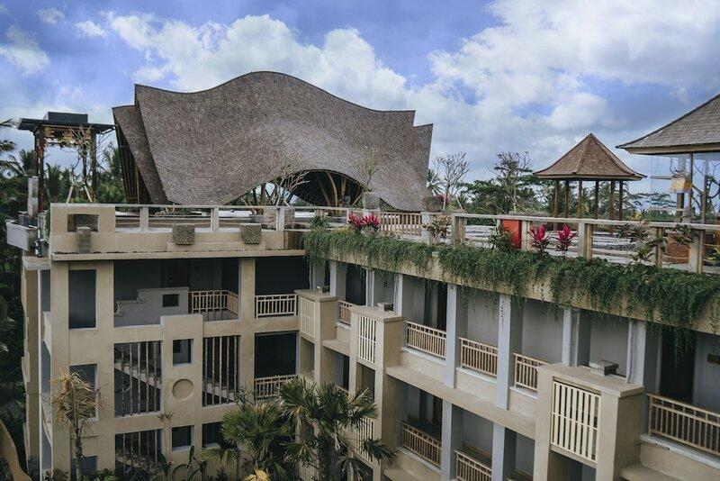 Отель Kuwarasan A Pramana Experience