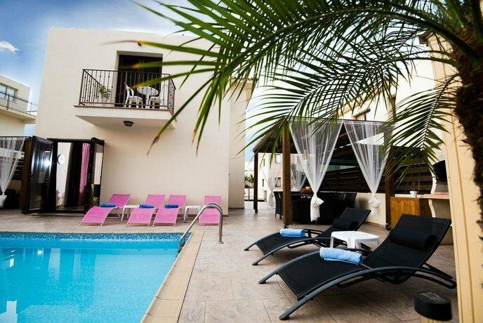 Luxury Villa Regina