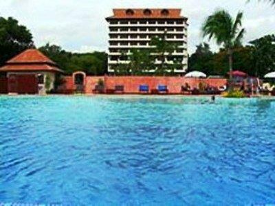 Nipa Pura Resort and SPA Hotel