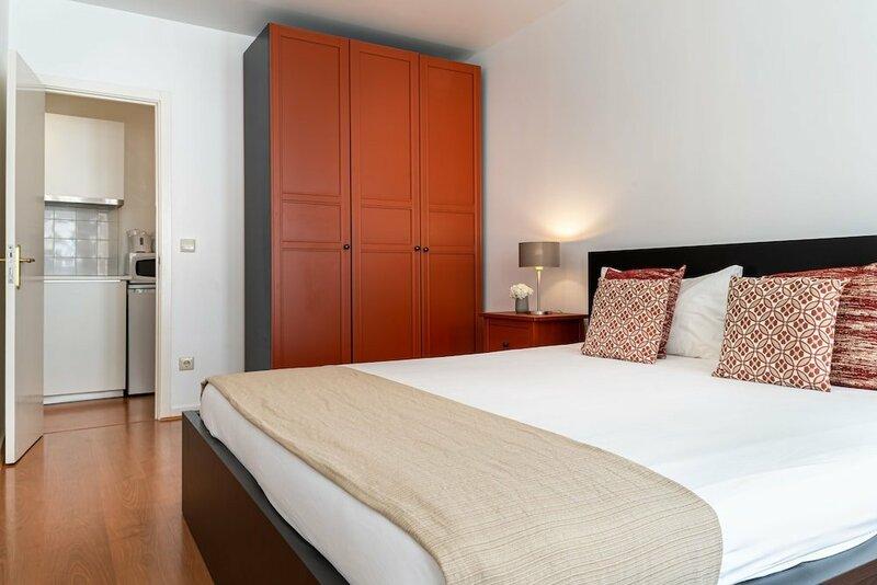 Home @ Porto Clérigos Apartment