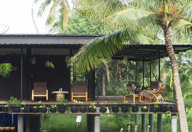 Baan Makham Bang Nam Phueng