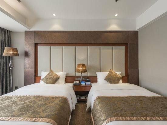 Shi Ji Tong Hui Hotel